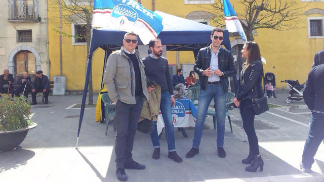 Fratelli d'Italia Benevento scende in piazza per il referendum sul centrodestra